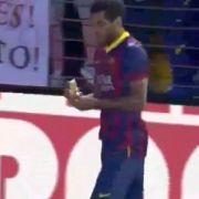 Barca-Star isst die Nazi-Banane beim Eckball (Foto)
