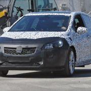 Erwischt: Erlkönig Opel Astra K (2015) - Rückkehr des GSI? (Foto)