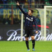 Inter Mailands Kapitän Zanetti beendet Karriere (Foto)