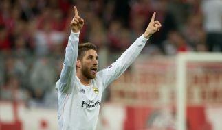 Sergio Ramos schießt zwei Tore für Real Madrid innerhalb von vier Minuten. (Foto)