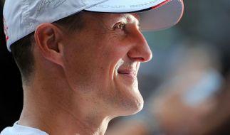Helfer Michael Schumacher: Sarajevo dankt Schumi für sein Engagement im Bosnienkrieg. (Foto)