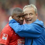 Freiburg verlängert Vertrag mit Offensivspieler Guedé (Foto)
