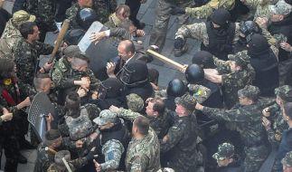 Kiew will Volksabstimmung über Einheit des Landes (Foto)