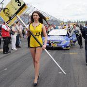 «30 Jahre DTM» - Start als Produktionswagen-Meisterschaft (Foto)