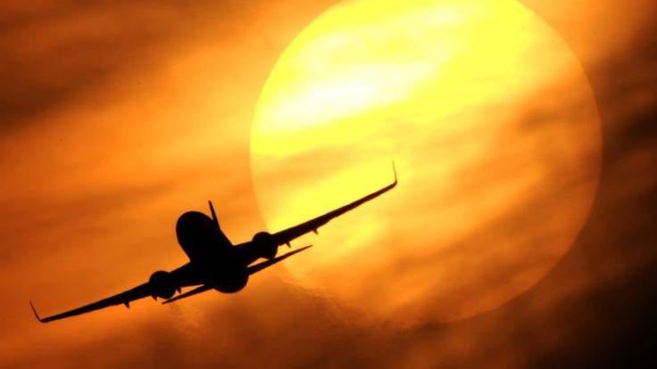 Die Meilenjäger - Wie Airlines Vielflieger an sich binden (Foto)