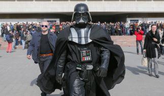 «Darth Vader» darf bei der Bürgermeisterwahl in Kiew gegen Klitschko antreten. (Foto)