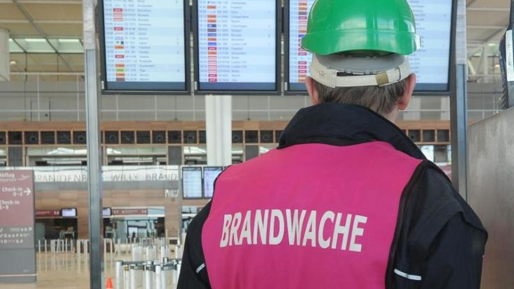 Planer der BER-Entrauchungsanlage entlassen (Foto)