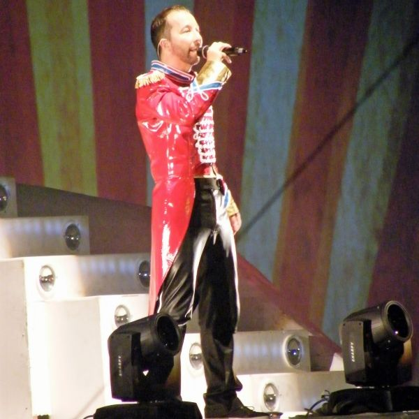 Zirkusdirektor DJ Bobo bringt Leipzig zum Kochen (Foto)