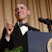 Obama spöttelt über sich selbst (Foto)