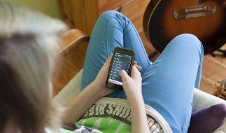 Sollten Kinder Apps selber kaufen? - Tipps für Eltern (Foto)