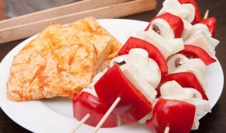 Vegetarisches Vergnügen: Tofu und Seitan richtig grillen (Foto)