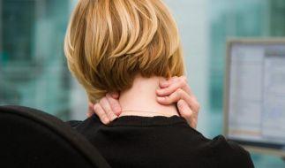 Nackenschmerzen ade - 5 Tipps für dynamisches Sitzen (Foto)