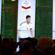 Volland: Erstes DFB-Trikot bekommt die Mama (Foto)