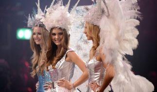 Stefanie (Mitte) ist Heidi Klums neues Topmodel. (Foto)