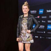 ...Molly Smitten-Downes für Großbritannien fürs ESC-Finale automatisch gesetzt.