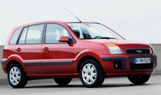 Ford Fusion: Standfestes Mauerblümchen (Foto)
