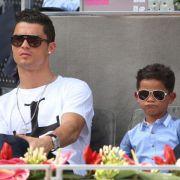 Mini-Ronaldo! Cooler als der Papa (Foto)