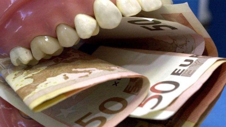 Schmerzensgeld nach Behandlungsfehler von Zahnarzt (Foto)