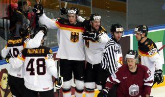 Oppenheimer Matchwinner:DEB-Team schlägt Lettland 3:2 (Foto)