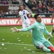 St. Pauli nur 2:2 gegen Aue und Abschied von Boll (Foto)