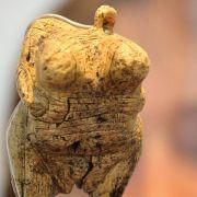Fester Platz im Museum für älteste Frauenfigur der Welt (Foto)