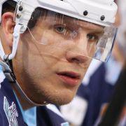 Eishockey-Stürmer Wolf wechselt vonHamburg in die NHL (Foto)
