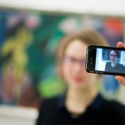 Selfies im Museum erwünscht - Fotografierverbot weicht auf (Foto)