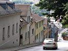 Spart man bei der Bergabfahrt im Leerlauf Sprit? (Foto)