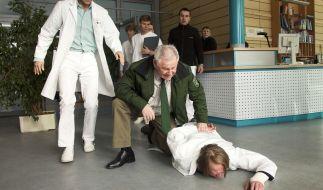 In der Sachsenklinik wird der JVA-Häftling Gunter Dahlke behandelt. Doch seine schweren Verletzungen halten ihn nicht von einem Fluchtversuch ab. (Foto)