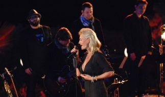In der Vox-Sendung «Sing meinen Song - Das Tauschkonzert» covern am 13. Mai 2014 Xavier Naidoo, Sarah Connor und Co. die größten Hits von Jazzmusiker Roger Cicero. (Foto)