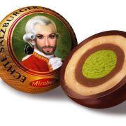 Auch Mozart musste sich der neuen Königin Österreichs geschlagen geben: Die berühmten Mozart-Kugeln wurden auf Twitter kurzerhand zu Conchita-Kugeln.