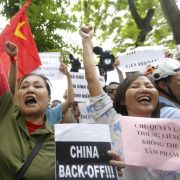 Festnahmen nach massiven Anti-China-Protesten in Vietnam (Foto)