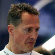 Michael Schumacher liegt auch viereinhalb Monate nach seinem Unfall noch im Koma.