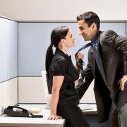 Geht arbeiten! Habt Sex im Büro! (Foto)