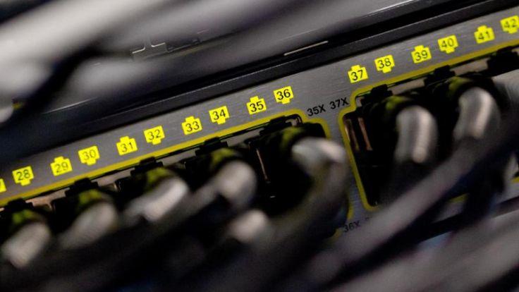 Internetbranche wehrt sich gegen bezahlte Überholspur im Netz (Foto)