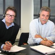 Dr. Uwe Schwokowski (li.) und Ludwig Hammel (re.) teilten ihr medizinisches Fachwissen mit interessierten Anrufern beim Lesertelefon.