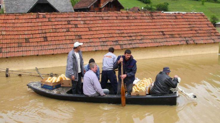 Balkan: Mehr als 20 Menschen sterben in Fluten (Foto)