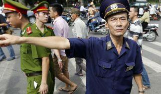 China bringt Landsleute aus Vietnam in Sicherheit (Foto)