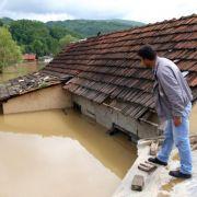 Dutzende Tote nach Hochwasser auf dem Balkan (Foto)