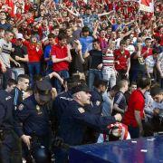 Verletzte bei Spiel in Spanien - Absteiger stehen fest (Foto)
