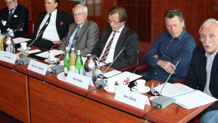HSV-Allianz gegen den Ausverkauf der HSV-Traditionen (Foto)
