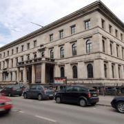 Die jetzige Hochschule für Musik und Theater in München war bis 1945 der NSDAP-Führerbau.