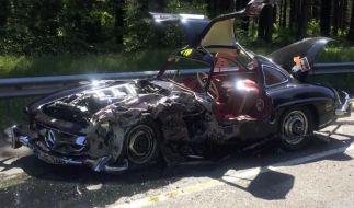 Konstantin Sixt überlebte den Crash, sein Mercedes Benz 300 SL W 198 nicht. (Foto)