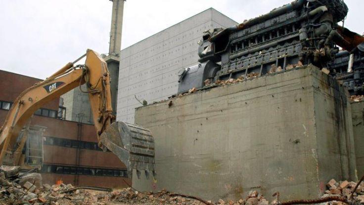 Merkel: Konzerne verantwortlich für Abriss der Atommeiler (Foto)