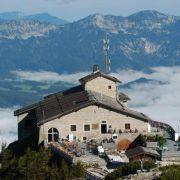 Adolf Hitler erhielt den «Adlerhorst» als Geschenk zu seinem 50. Geburtstag von der NSDAP. Das Kehlsteinhaus in Obersalzberg liegt in einer Höhe von 1820 Metern.