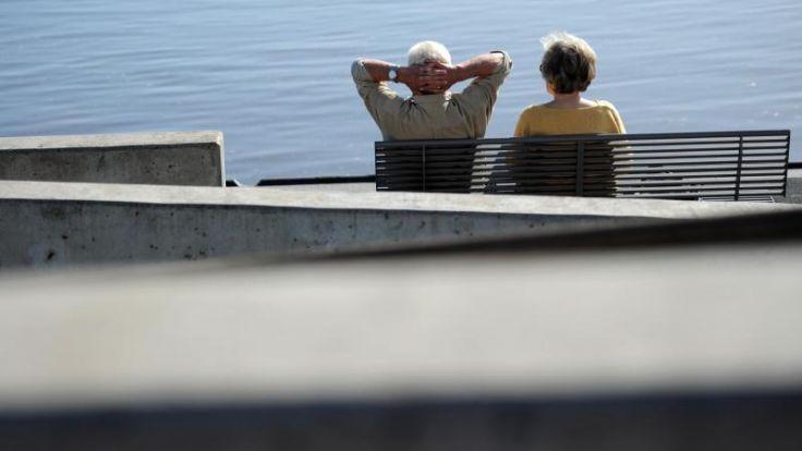 Wirtschaft bleibt bei Kritik am Rentenpaket (Foto)