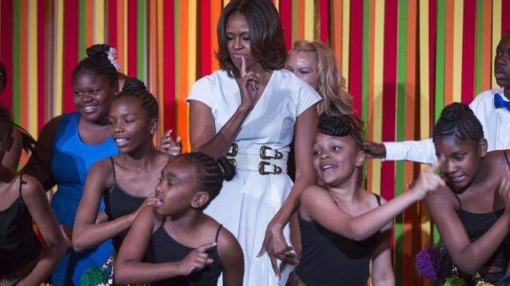 Schüler vergnügen sich bei Talentshow im Weißen Haus (Foto)