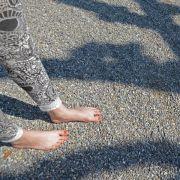 Draußen im Sommer: Barfußläufer und Muskelprotze (Foto)