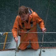 Ein Mann (Robert Redford) im Kampf gegen die Mächte der hohen See.