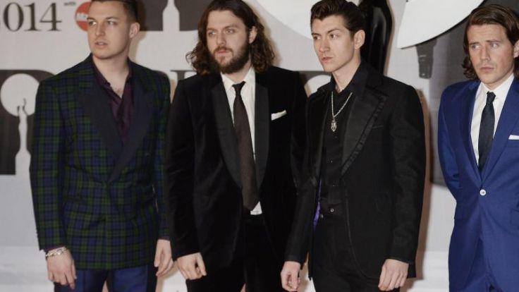 Arctic Monkeys gehen Auftritte ganz cool an (Foto)